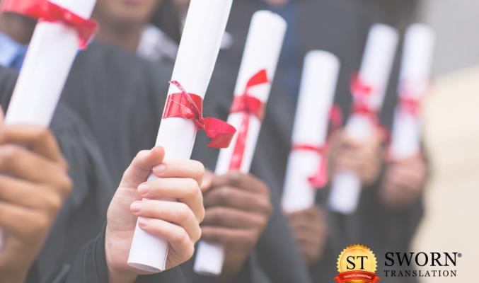 Como fazer tradução juramentada de diploma e histórico escolar